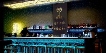 Гипсовые 3 д панели Малм - фото в интерьере бара