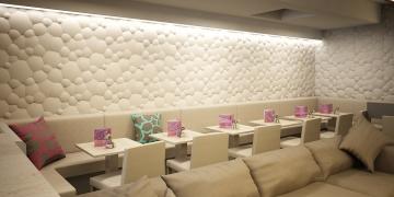 Декоративные стеновые панели Пузыри в интерьере кафе